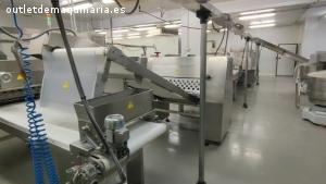 Maquinaria de fabrica de bolleria y hojaldre