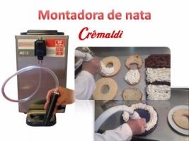 Montadora de nata en contínuo Cremaldi